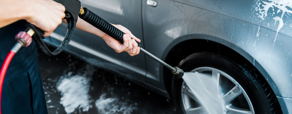 Top Tips For Cleaning Your Car With A Pressure Washer