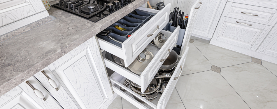 kitchen drawers space
